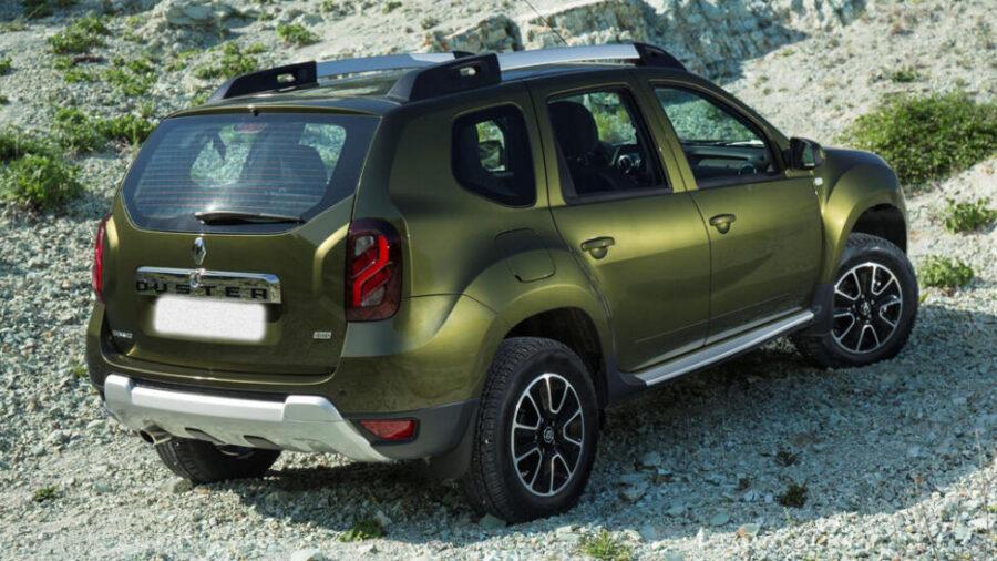 Renault Duster вид сзади